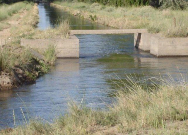Una niña de dos años murió ahogada al caer a un canal de riego