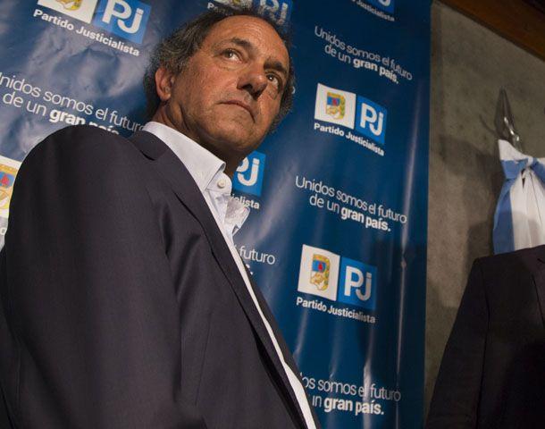 El gobernador bonaerense dijo que hay que poner todo el énfasis para resolver lo que pasó.