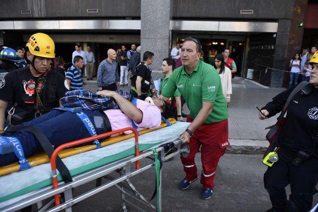 Siete heridos por la caída de un ascensor desde el cuarto piso de un edificio gubernamental