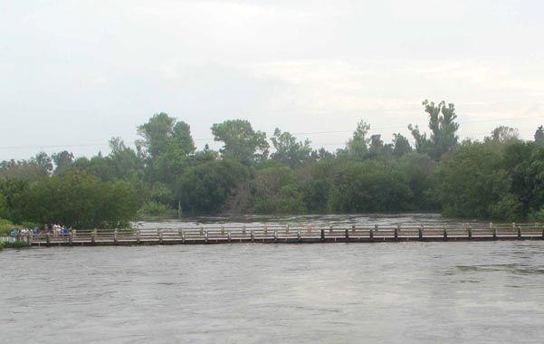 En Andino. El puente carretero de la ruta provincial 10 sobre el Carcarañá.