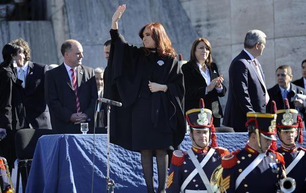 Junto al Monumento. Fernández de Kirchner y Fein