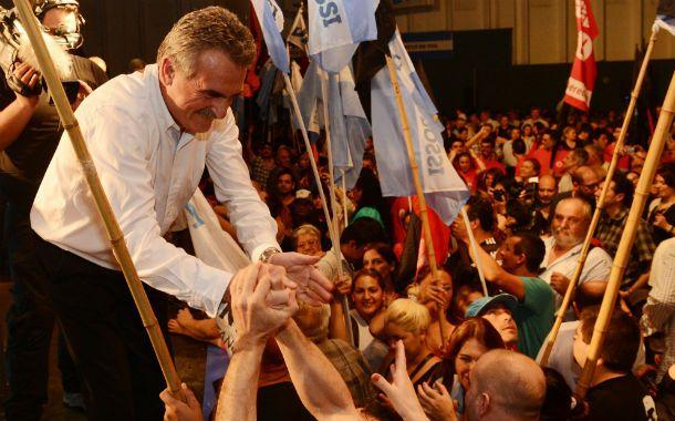 """Desde rosario. Rossi dijo en el Patio de la Madera que """"hay muchos dirigentes políticos"""