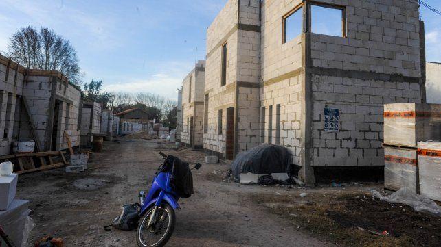 Uno de los tantos condominios que se están construyendo en Fisherton.