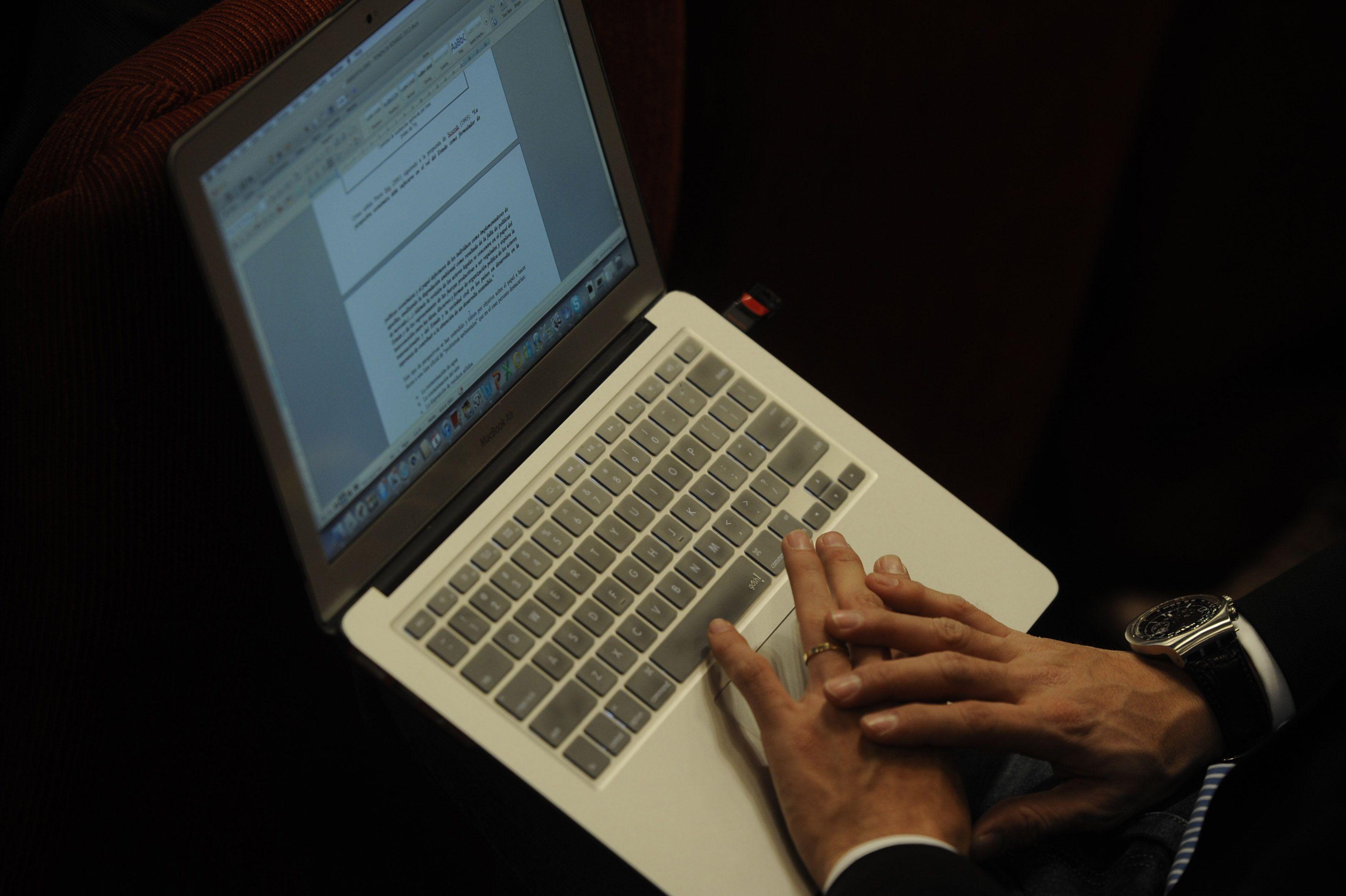 Estudiar on line. El plan suma una opción de cursado semipresencial ampliando las opciones de inclusión socioeducativa.