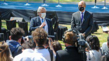 Discursos.El presidente Alberto Fernández habló de inseguridad, pandemia y quema de pastizales. El gobernador Perotti pidió auxilio a Nación para implementar programas de empleo.