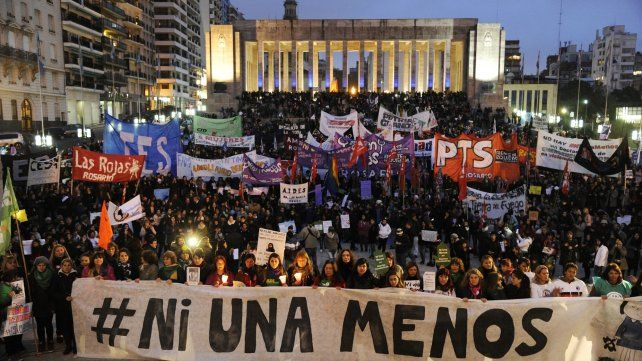 Pan y Rosas y el Frente de Izquierda convocan a otra marcha del #NiUnaMenos