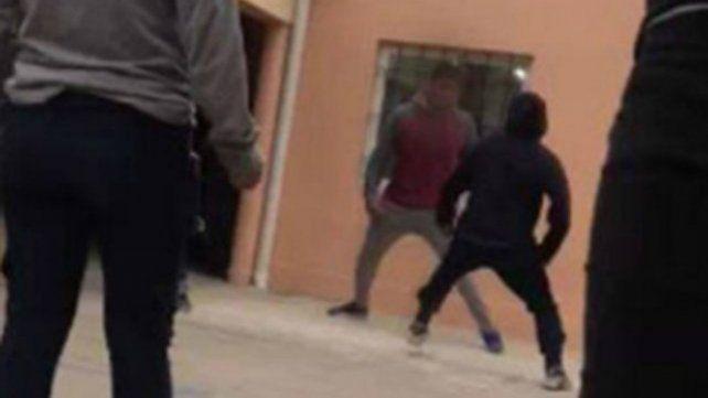 Alumno intentó apuñalar a otro en una escuela de Santa Fe