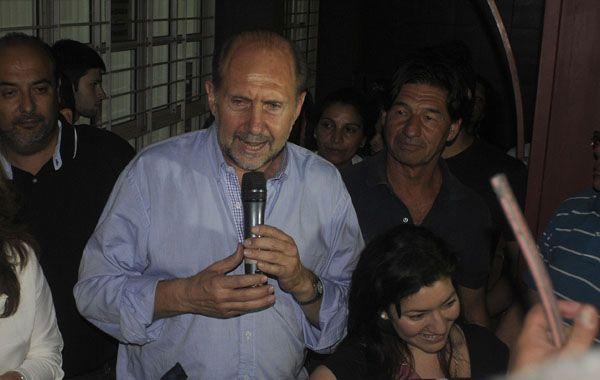 El candidato a gobernador por el Frente Justicialista para la Victoria de Santa Fe.