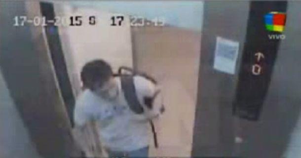 Se difundió el video de Lagomarsino cuando ingresa al departamento de Nisman
