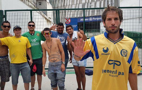 La pasión canalla se hizo presente en el estadio Allianz Parque. (Gustavo de los Rios / LaCapital)