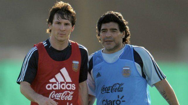 Otros tiempos. Messi y Maradona juntos en el Mundial de Sudáfrica 2010
