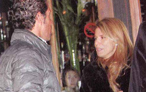Flavia Palmiero y Diego Simeone juntos en la noche porteña. (Foto: revista Paparzzi)
