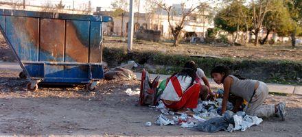 Contrario al Indec, el gobierno provincial reconoce el aumento de la pobreza