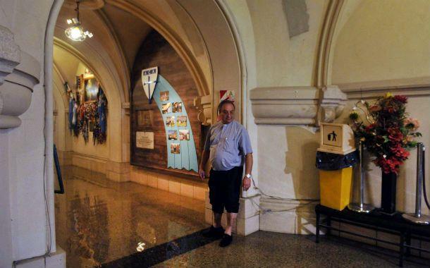 El agua del río ingresó a la cripta de la emblemática basílica.