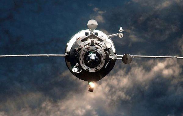 La nave Progress M-27M se desintegraría casi totalmente al entrar en la atmósfera. Con excepción de los componentes de titanio o acero. (imagen: Nasa)