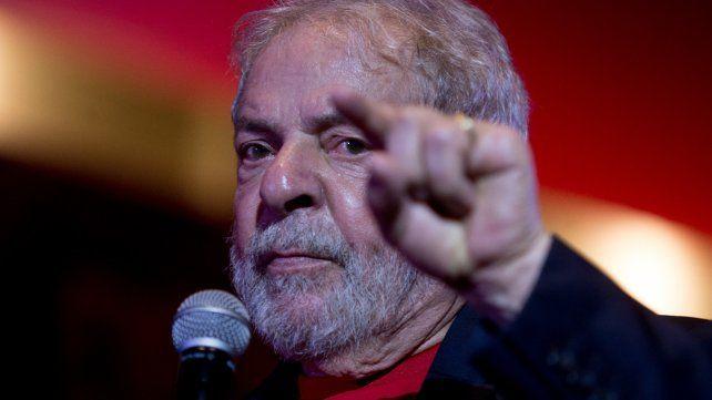Fiscales imputan a Lula por delitos de corrupción en el caso Lava Jato