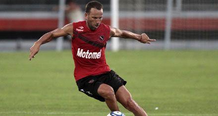 Sensini definió un cambio en Newells y duda entre Villalba o Rodríguez