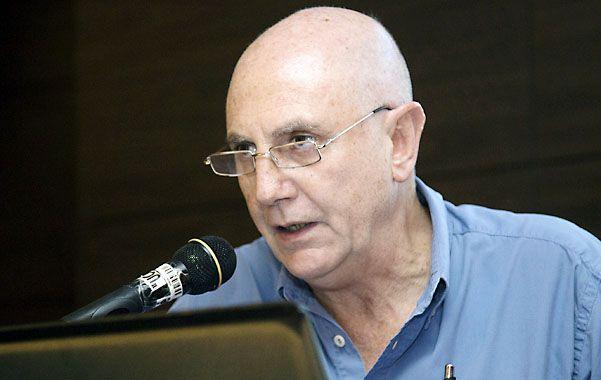 Pobreza. El sociólogo Agustín Salvia presentó el nuevo informe del Observatorio de la Deuda Social.