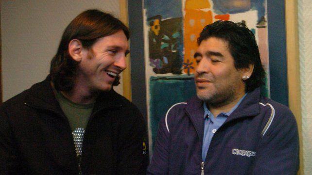 Maradona y Messi. 03 de agosto de 2009.