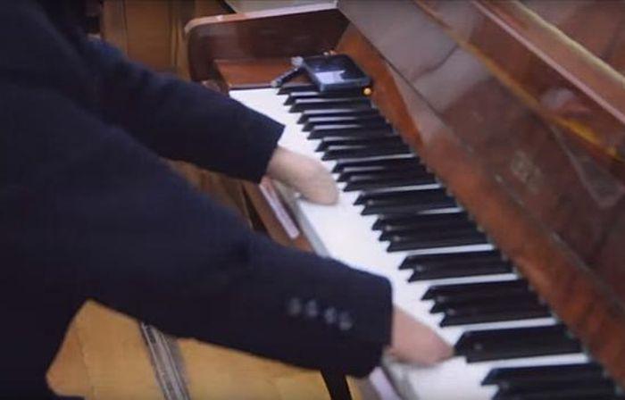 Romanov expuso un gran talento para desarrollar su habilidad de tocar el piano