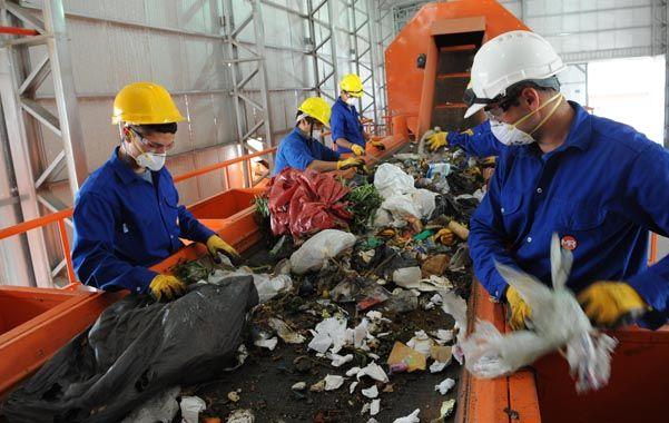 reciclaje. La planta de tratamiento de residuos de Bella Vista.