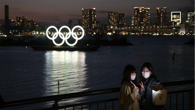 Los anillos olímpicos volvieron hace poco a las aguas de la bahía de Odaiba