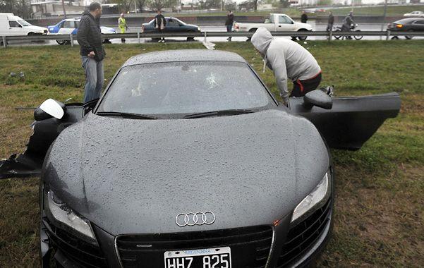 La pericia federal confirmó que el Audi del empresario Juan Paladini  recibió dos golpes con elementos contundentes.