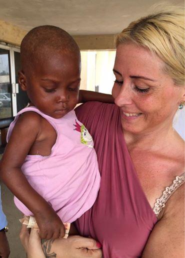 El nene se recupera luego de ser rescatado en estado de desnutrición.