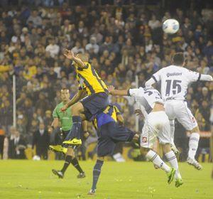 Nery Domínguez hará su estreno en primera división.