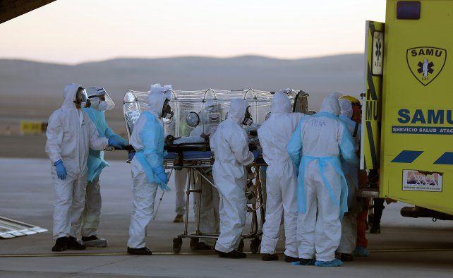 Niegan que pacientes chilenos con coronavirus sean derivados a la Argentina