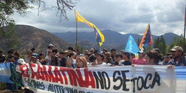 Famatina. La comunidad riojana y de distintos puntos del país cuestionan el proyecto minero a cielo abierto.