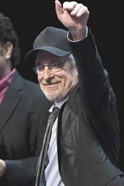 Spielberg anuncia regreso de Jurassic Park