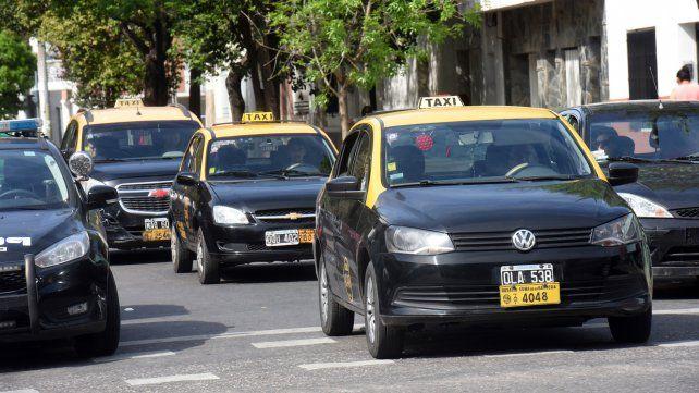 Ahorcaron a un taxista hasta que entregó la recaudación