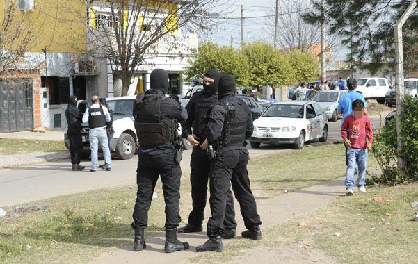 Allanamientos. El 31 de mayo hubo una decena en el barrio 17 de Agosto.