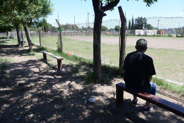 Rafael Carcerano tenia 24 años y quedó en medio de la balacera. Estaba sentado mirando un partido de fútbol infantil.