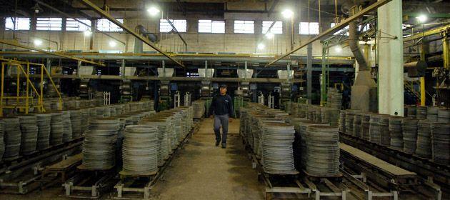 Los empleados tomaron la fábrica (ex Mahle) por incumplimientos salariales. (Foto de archivo)