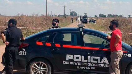 El auto en el que fue trasladado y asesinado Héctor Cornalis fue hallado en un camino rural del distrito Colonia Cello en el departamento Castellanos.