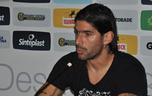 El Loco Abreu dijo que es difícil no compenetrarse estando en un club como Central.