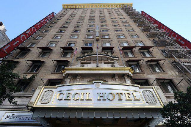 El Hotel Cecil se ganó la reputación de ser uno de los alojamientos más mistreriosos de Los Ángeles.