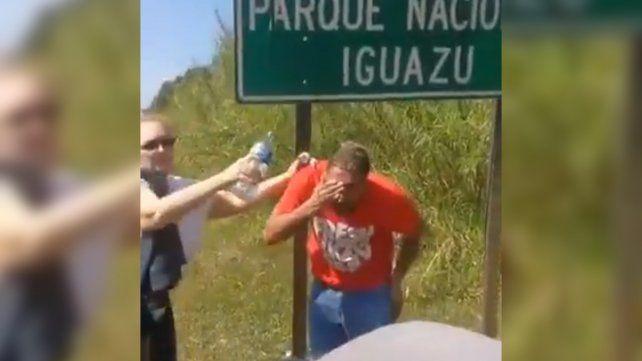 Manifestantes golpearon a un turista que quiso atravesar un piquete en Misiones