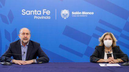 El gobernador Omar Perotti junto a la ministra Sonia Martorano