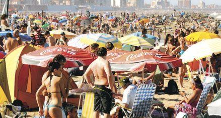 Cinco millones de argentinos van a veranear en el país esta quincena