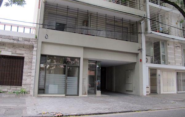 puertas adentro. La mujer vivía en el edificio de Italia casi esquina Pellegrini desde hace unos meses. (Alfredo Celoria)