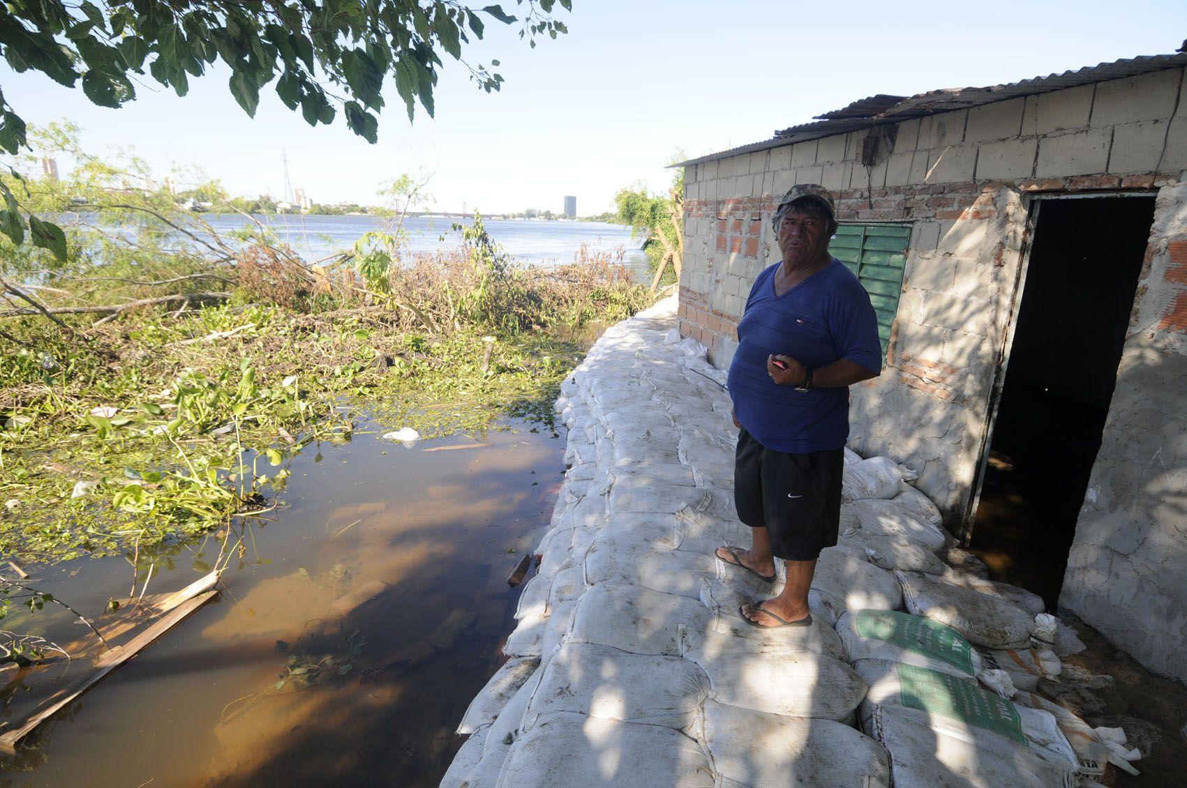 La crecida de los ríos sigue afectando a las zonas costeras. (Gentileza Uno Santa Fe)