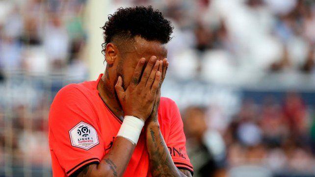 La modelo brasileña que denunció a Neymar irá a juicio