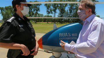 El gobierno de la provincia participó de una jornada de información y demostración del helicóptero no tripulado RUAS 160. Santa Fe será la primera jurisdicción en sumarse a esta iniciativa tecnológica de vanguardia.