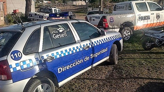 Un sujeto de 25 años fue detenido en Villa Gesell acusado de intentar matar a su pareja de varias puñaladas