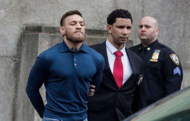 El luchador irlandés Conor McGregor fue detenido acusado de una agresión sexual en la isla de Córcega.
