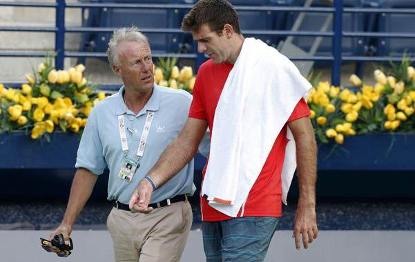 Debió retirarse en la primera ronda del torneo ATP 500 de Dubai por los dolores en la muñeca izquierda