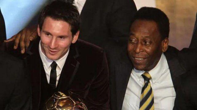 Gesto paternal de Pelé a Leo